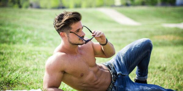 Mann in Jeans